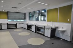 HI-MACS benchtop with splashback and mobile lab benches