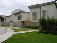 La Ceiba Real Estate. Condos and houses for sale in Playa del Carmen. If you want a property this is a good real estate option to invest in Playa del Carmen. #PlayadelCarmen #RealEstate