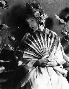 Lillian Gish. I love the flowers in her hair.
