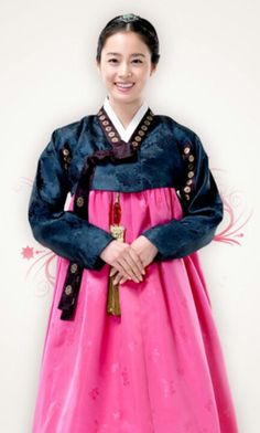 Korean actress Kimtaehee in hanbok #hanbok