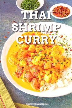 Thai Shrimp Curry Recipe - This Thai shrimp curry recipe is loaded with flavor, made with spicy cur Thai Shrimp Curry, Seafood Curry Recipe, Spicy Shrimp, Spicy Thai, Spicy Recipes, Curry Recipes, Chili Recipes, Pepper Recipes, Coconut Curry