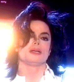 My God he´s beautiful!!! <3 You give me butterflies inside Michael... ღ by ⊰@carlamartinsmj⊱