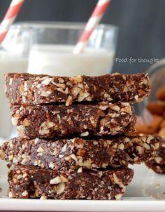 Ξεκινώντας τη βδομάδα αισιόδοξα και υγιεινά φτιάχνεις αυτές τις πανεύκολες και απλές μπάρες ενέργειας που σε χορταίνουν κ... Health Desserts, Vegan Desserts, Fun Desserts, Healthy Bars, Healthy Sweets, Stay Healthy, Healthy Snacks, Baking Recipes, Snack Recipes