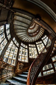The Rookery Building, Chicago; photo by .Raf Winterpacht, shows beautiful architecture. Next time you travel to Chicago stop by!