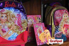 O material escolar é importantíssimo para um dia de estudos perfeito. Obviamente, toda princesa sabe muito bem disso e a Barbie não é uma exceção. Leve toda essa magia para a sala de aula. #barbie #nagrafipel #voltaasaulas #materialescolar #magia #princesa