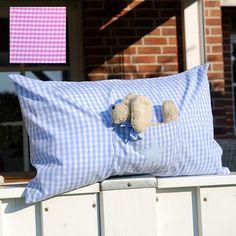 Trösterkissen Karo mit unserem kleinen Trösterhund Paul. Diese warmherzigen Tröster gestalten wir passend zu unseren Kinderurnen
