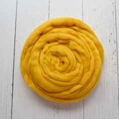 #merinoroving #spinningrove #woolferspinning #feltingwool #wooltop #woolroving #australianmerino Nuno Felting, Needle Felting, Yellow Shop, Drop Spindle, Sources Of Fiber, Wool Felt, Spinning, Merino Wool, Weaving