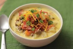 Warm up with this All American Cheeseburger Soup! A simple recipe that will WOW your family! Are you needing to warm up on these cold winter nights? Best Cheeseburger Recipe, Cheeseburger Soup, Burger In A Bowl, Homemade Apple Crisp, Grilled Chicken Fajitas, Weekly Menu Planning, Homemade Pancakes, Bowl Of Soup, Fries In The Oven