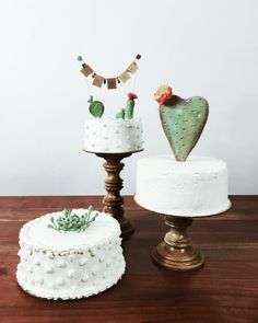 Casual elegance of these prickly wedding cakes lived as breathless. A fabulous cactus accents add texture and visual interest to these white cakes. Fancy Cakes, Cute Cakes, Pretty Cakes, Beautiful Cakes, Amazing Cakes, Cactus Cake, Cactus Cupcakes, Cactus Wedding, Happy Birthday