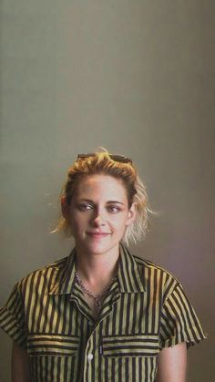 Kristen Stewart, Black Lungs, Pleasing People, Attractive People, Cara Delevingne, Celebs, Celebrities, Best Actress, Hollywood Actresses