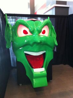 Green Goblin from Stephen King's MAXIMUM OVERDRIVE @Jeremy Sheldon Weekend in Cincinnati!!! =)