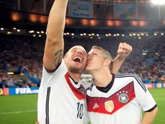 Basti with a 4 stars in Maracaca Stadium on july 13, 2014. The night of the final match. WC 2014