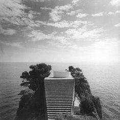 Villa Malaparte, Capri, Italy (1937).