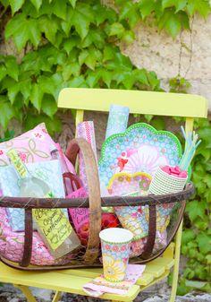 Perfeitos para uma festa ao ar livre...Encontra estes produtos em: http://red-elephant.pt/pt/74-amelie