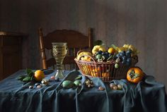 Still Life Photography Вино и фрукты на зеленой скатерти© Елена Татульян