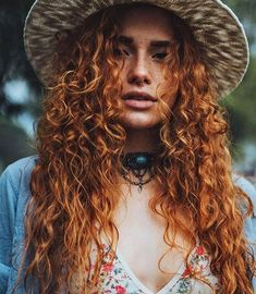 Curly hair is a kind of hairstyle. How to take care of curly hair is very important. Generally, after curling, you can use some to make hair plump and elastic, Curly Hair Styles, Natural Hair Styles, Red Heads Women, Gorgeous Redhead, Ginger Girls, Hair Inspo, Hair Goals, Pretty People, Redheads