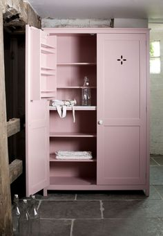 pantry in pink This beautiful upright cupboard is from the deVOL 'Real Shaker' kitchen range Kitchen Larder, Larder Cupboard, Kitchen Cupboards, Armoire Pantry, Shaker Kitchen, Kitchen Paint, Kitchen Decor, Kitchen Design, Kitchen Living
