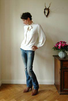 Jersey shirt Stella in cremewhite by jekyllundkleid on Etsy