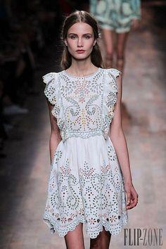 Valentino Primavera-Verão 2015 - Prêt-à-porter