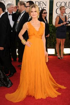 From Hollywood heavy hitters like Anne Hathaway and Natalie Portman to TV starlets Leighton Meester and Olivia Wilde, there was no shortage of gorgeous and glamorously attired ladies at the first m…
