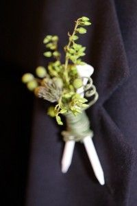 Golf tee boutonniere