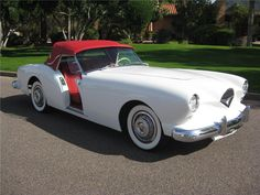 1954 KAISER-DARRIN  Convertible... Fiberglass body, big Packard engine, doors slid back into the body.....