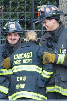 Taylor Kinney Photos Photos: Stars On The Set Of 'Chicago Fire' Chicago Fire, Chicago Shows, Chicago Med, Hot Firefighters, Lauren German, Taylor Kinney, Fire Dept, Photo L, How To Feel Beautiful