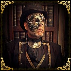 The Art Nouveau topper looking splendid in a Steampunked Phantom of the Opera ensemble created by the amazing Viscount Eastman Wesley aka Bob Archer