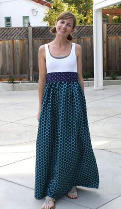 tank maxi dress via the pleated poppy. small revisions using a small snippet's diy maxi dress tutorial. Diy Clothing, Sewing Clothes, Clothing Patterns, Dress Patterns, Clothes Refashion, Fabric Patterns, Creation Couture, Diy Dress, Diy Maxi Skirt