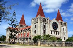 Free Church of Tonga. Tonga, View Photos, Notre Dame, Barcelona Cathedral, Arch, Culture, Mansions, House Styles, Building