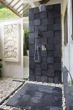 outside shower!