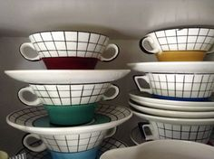 Soupbowls with saucers