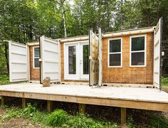 A Canadian man built this off-grid shipping container home for just $20,000