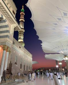 Beautiful Evening View of the Mosque Mecca Wallpaper, View Wallpaper, Islamic Wallpaper, Iphone Wallpaper, Muslim Images, Islamic Images, Islamic Pictures, Masjid Haram, Al Masjid An Nabawi