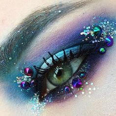 Mermaid eye #regram from @justlaralara at M·A·C Krasnaya Ploshad in Krasnodar, Russia – created using Prep + Prime 24-Hour Eye Base, Eye Kohl in Fascinating, Kohl Power Eye Pencil in Feline, Eye Shadow in Gesso, Fresh Water (LE), Carbon, Dame's Desire (LE) and Electric Eel, Glitter in 3D Gold, and Lash Maximizer and Upward Lash Mascara on the lashes.  #MACArtistChallenge #MyArtistCommunity #MyArtistCommunityRussia #MACCosmetics