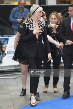 Cara Delevingne attends the 'Valerian And The City Of A Thousand Planets' European Premiere at Cineworld Leicester Square on July 2017 in London, England. Beauty Tips, Beauty Hacks, Cara Delevingne Style, Leicester Square, July 24, Best Model, Pixies, Pixie Cut, London England