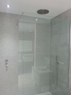 Gorgeous neutrally tiled shower with VADO Tablet valve, shower head and handset kit in brushed nickel. Recessed shower head for a streamlined and high end luxury finish. British Bathroom, Neutral Bathroom, Shower Accessories, Luxurious Bedrooms, Shower Heads, Amazing Bathrooms, Brushed Nickel, Home Renovation, It Is Finished
