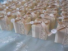 favor weddings!!