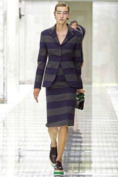 Prada Spring 2011 Ready-to-Wear Fashion Show - Eileen Hydorn