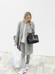 New-carin-wester-coat visit my blog Lionsandwolves.com for more... #carinwester #leowulff #snakeprintbag #leopardprintjeans #fashionblogger #animalprint #lionsandwolves