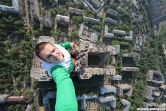 The 22 Most EXTREME Selfies Ever Taken. Nothing Can Top the Last One. NOTHING.