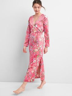 59a1234644 Womens Dreamwell Floral Print Robe In Satin by GAP