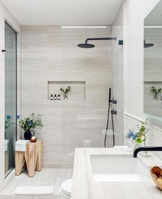 Beautiful master bathroom decor tips. Modern Farmhouse, Rustic Modern, Classic, light and airy bathroom design some some ideas. Bathroom makeover a few ideas and master bathroom remodel opinions. Bathroom Styling, Bathroom Interior Design, Interior Modern, Interior Ideas, Interior Architecture, Small Bathroom Designs, Shower Designs, Small Master Bathroom Ideas, Interior Plants