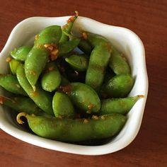 ひと手間で絶品です!「冷凍枝豆」のやみつきおつまみアイデア