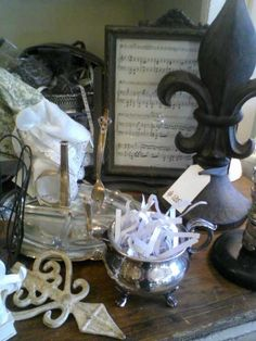 Love old vintage items, Flea market finds & estate sale collectibles...love them!