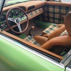 Tartan Projects – Car Seat Upholstery Ahhh, the good ole days, when ugly was still cool….green Porsche 911 with green and tan tartan upholstered seats Cayman Porsche, Porsche Autos, Porsche 911 996, Porsche Carrera, Porsche Cars, Singer Porsche, Jetta Mk1, Vw Mk1, Br Car