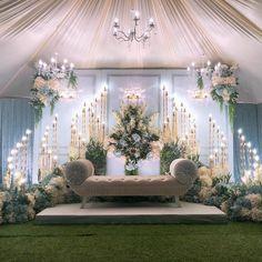 Outdoor Wedding Backdrops, Wedding Backdrop Design, Desi Wedding Decor, Wedding Hall Decorations, Wedding Stage Design, Luxury Wedding Decor, Wedding Reception Backdrop, Traditional Wedding Decor, Engagement