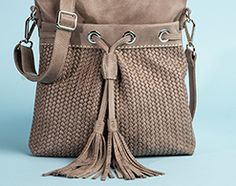Roots - French Tassel Woven