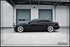 '03 BMW e39 530i