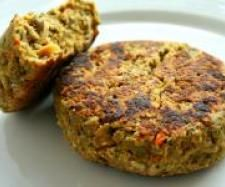 Recipe Vegie Burgers by makeitperfect, learn to make this recipe easily in your kitchen machine and discover other Thermomix recipes in Main dishes - vegetarian. Burger Recipes, Veggie Recipes, Vegetarian Recipes, Cooking Recipes, Healthy Recipes, Vegetarian Dish, Healthy Options, Cooking Time, Cheddarwurst Recipe